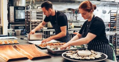 Starting the catering services is the business ideas for housewives